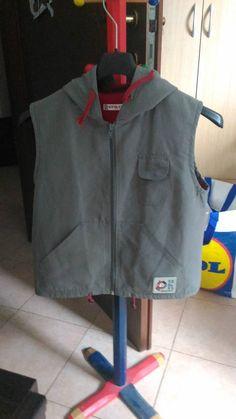 *Lotto 42* Giubotto Gilet senza maniche- 8 anni- Ginkana - http://www.ebay.it/itm/-/131855640478? asta pazza da 1,00 euro il prezzo lo fate voi!!!