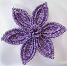 Online Graduate Study Programs for Home Decor (Pattern - Crochet Filet Appliques Au Crochet, Crochet Motifs, Crochet Flower Patterns, Crochet Art, Love Crochet, Crochet Designs, Crochet Doilies, Crochet Flowers, Crochet Stitches