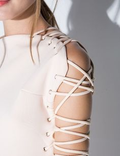Lace Up Cream Dress - Lavish Alice Dress - Look Fashion, Fashion Details, Diy Fashion, Fashion Show, Fashion Outfits, Womens Fashion, Fashion Design, Fashion Trends, Lavish Alice Dress