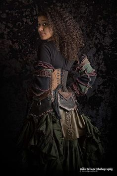 #steamPUNK ☮k☮ http://steampunk-girl.tumblr.com/