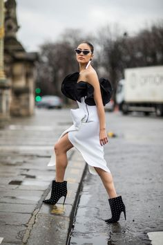 The Best Street Style Looks From Paris Fashion Week Fall 2018   Fashionista
