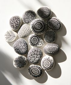 I love drawing on these small white river stones. Often, while cooking dinner i'll be drawing a few more stones to sit along my kitchen shelf. The need to be creative is always there and i find thi...