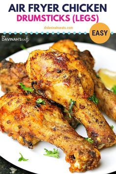 These Air Fryer Chicken Legs (Drumsticks) come out crispy & full of flavor in minutes. The perfect way to get fried chicken flavor without breading. Air Fryer Chicken Leg Recipe, Air Fryer Fried Chicken, Chicken Leg Recipes, Air Fryer Oven Recipes, Air Frier Recipes, Chicken Drumstick Recipes, Air Fryer Dinner Recipes, Recipe Chicken, Chicken Ideas
