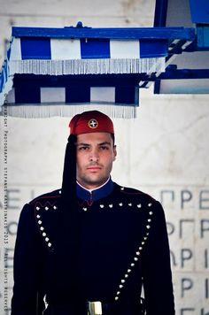 Greek Presidential Guard , an Evzonas. What a beauty!!!
