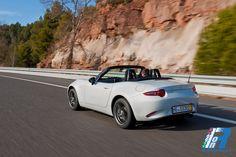 Mazda MX-5 Gioia del momento, gioia della vita http://www.italiaonroad.it/2015/01/30/mazda-mx-5-gioia-del-momento-gioia-della-vita/