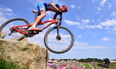 Czech Republic's Jaroslav Kulhavy competes to win the men's cross-country mountain bike race. Cross Country Mountain Bike, Mountain Bike Races, Live Picture, Picture Blog, Mens Crosses, Olympics, Cool Pictures, Cycling, Sports