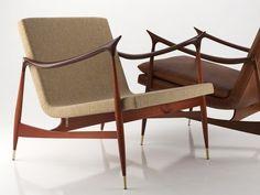 Great example of Brazilian modernism, Dinamarquesa chair by Jorge Zalszupin, designed in 1959. Photo: Google