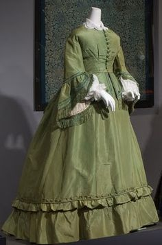 Two-piece day dress, green silk faille & chenille (dyed with arsenic-based green dyes) , c. 1865, USA, Museum purchase, FIT collection. Photograph courtesy FIT.