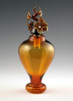 Vidro de perfume de Christian Luginger.