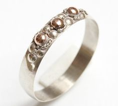 One, Vintage Bali Sterling Silver 925 ladies' ring size UK: U / USA - 10.5 - decorated with 18 K Gold