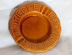 Cendrier publicitaire   Loterie Nationale   vintage couleur moutarde