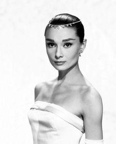 Consejos de moda que aprendimos gracias a Audrey Hepburn