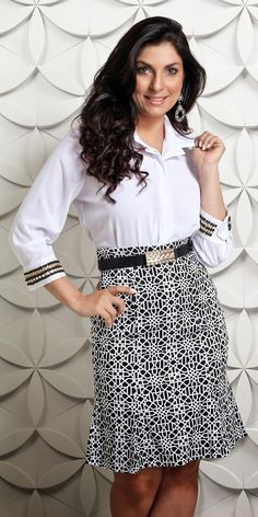 Outfit Elegantes, Lace Skirt, Sequin Skirt, Estilo Real, Looks Chic, Hair Beauty, Plus Size, Black And White, Female