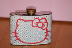 Hello-Kitty-alcohol-flask.