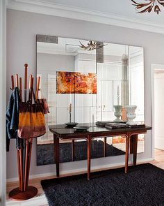 Who else is ready to make 2012 your most stylish year yet? Let's kick it off with these stunning interiors via my latest obsession, Nuevo Estilo. Luxury Interior Design, Interior Design Inspiration, Interior Decorating, Mirror Decor Living Room, Entryway Mirror, Foyer, Mirrored Furniture, Spanish Style, Furniture Design