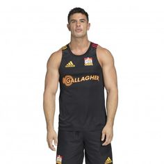 Support the likes of Sam Cane and Anton Lienert-Brown in the adidas Chiefs 2020 Singlet which uses AEROREADY fabric to make it an ideal layer for the gym, or on field training. Super Rugby, Adidas Logo, Chiefs Logo, Keep Your Cool, Athletic Tank Tops, Tank Man, Mens Tops, Badge, Spirit