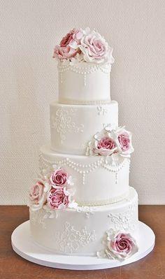 Bling Wedding Cakes, Luxury Wedding Cake, Floral Wedding Cakes, White Wedding Cakes, Elegant Wedding Cakes, Floral Cake, Wedding Cake Designs, Beautiful Wedding Cakes, Gorgeous Cakes