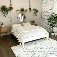 Modern And Minimalist Bedroom Design Ideas is part of Master bedrooms decor - Minimalistic interior design style is getting more popular today Minimalism means simple and basic, without utilizing a lot of ornaments […] Aesthetic Rooms, Boho Aesthetic, Awesome Bedrooms, Beautiful Bedrooms, Home Bedroom, Bedroom Inspo, Room Ideas Bedroom, Bedroom Designs, Warm Bedroom