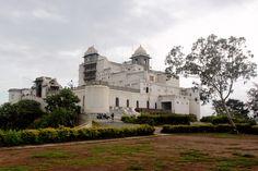 The beautiful planet blog: Sajjangarh - monsoon palace