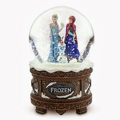 Disney Frozen Snow Globe Cake. Image only.