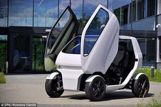 'Crab' micro-car drives sideways, turns on the spot and can SHRINK to make parking in tight spaces easier  [Futuristic Vehicles: http://futuristicnews.com/category/future-transportation/]