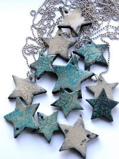 / christmas tree stars / glazed ceramic ornaments and tags for holiday decoration and gift giving / Ceramic Pendant, Ceramic Jewelry, Ceramic Clay, Glazed Ceramic, Christmas Ornaments To Make, Clay Ornaments, Christmas Decorations, Christmas Tree, Ceramics Projects