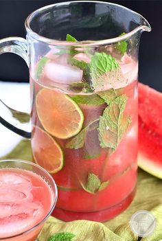 Citrus pomegranate mojito with arak – Laylita's Recipes Summer Fruit, Summer Drinks, Fun Drinks, Healthy Drinks, Beverages, Healthy Eating, Smoothies, Smoothie Drinks, Smoothie Recipes