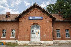 Gara (1901), Str. Alexandriei 1, Zimnicea Romania, Cabin, Architecture, House Styles, Home Decor, Arquitetura, Decoration Home, Room Decor, Cottage