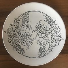 Bu ve Pottery Painting, Ceramic Painting, Pencil Drawings Of Flowers, Drawing Flowers, Mosaic Flower Pots, Islamic Patterns, Beadwork Designs, Floral Drawing, Paper Drawing