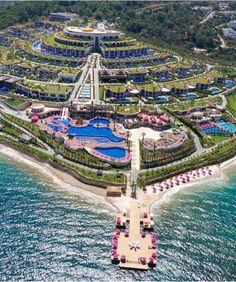 Top best luxury hotels in Turkey - the Luxury Travel Expert Travel Around The World, Around The Worlds, Paramount Hotel, Hotels In Turkey, Travel Expert, Beach Town, Summer Heat, Hotels And Resorts, Luxury Hotels