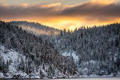 New Years Day at Lake Coeur dAlene by rainier14411