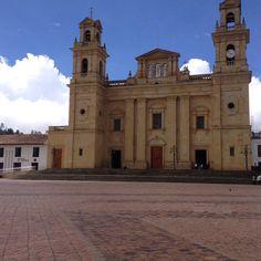 Basilica de Nuestra Señora de Cuiquinquira Notre Dame, Building, Colombia, Buildings, Construction