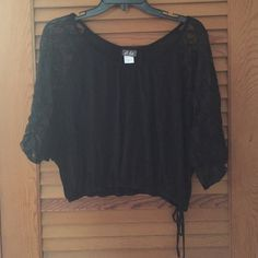 Black & Lace Sleeve Top Cute crop top! Perfect for summer date night! Dots Tops Crop Tops