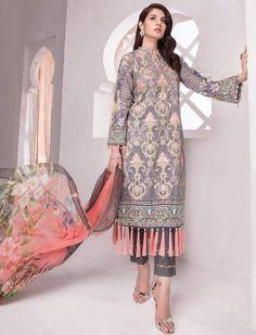 f21a041ce0 Fancy Suit, Indian Suits, Indian Wear, India Fashion, Pakistani Dresses,  Salwar