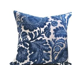 Flowers and Peacocks Beautiful Handmade Throw Pillow 55% Linen 45% Rayon. Larger than life blooms mix with exotic birds and flowing vines in Waverly Tucker Resist Indigo, a vibrant blend of indigo blue on a natural background. The back side of the pillow is covered in a solid natural color of fabric. Fabric edges are serged. Finished with zipper at the bottom.  This listing is for one 16 x 16 decorative pillow cover. Pillow insert is not included.  Please note: Colors may appear slightly…