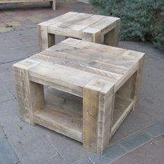 Steigerhout salontafel Stein van www.rustikal.nl Een salontafel met stoere blokpoten en handig onderdek.
