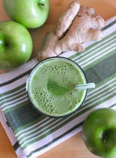 Lean Mean Green Apple Juice Recipe --- I have been drinking this for breakfast 3 times a week. It tastes really good and it gives a ton of energy! Make it the night before and store it in the fridge (up to 12 hrs) and take your breakfast on the go with you.