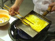 How to make a Japanese rolled omelette ( Dashimaki Tamago )  as demonstrated by the Master Chef at the Shunraku Kaiten Sushi Restaurant - I want to learn how to make this...it takes skill.  (serves 6)