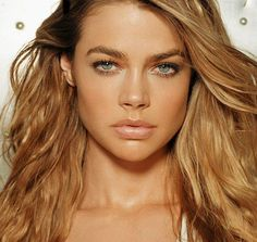 Denise Richards hottest pics, gifs, and sexy bikini photos. People are always looking for more about her boobs and butt. Beautiful Celebrities, Most Beautiful Women, Beautiful Actresses, Beautiful Eyes, Heather Locklear, Charlie Sheen, Denise Richards Bikini, James Bond Girls, Celebrity Wallpapers