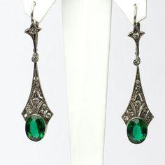 Art Deco Vintage Jewelry - Emerald, Diamanté & Silver Art Deco Dangle Earrings