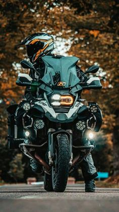 Bike Bmw, Bmw Motorcycles, 1200 Gs Adventure, Dirtbikes, Super Bikes, Cool Bikes, Ducati, Motorbikes, Touring