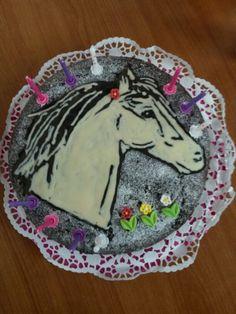 Horse birthday cake /gâteau  anniversaire  cheval