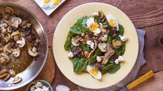Spinach Salad with Warm Mushroom and Bacon Dressing