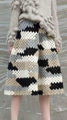Skirt Crochet Winter 28 Ideas For 2019 Crochet Skirts, Knit Skirt, Crochet Clothes, Diy Clothes, Gilet Crochet, Crochet Blouse, Knit Crochet, Knitwear Fashion, Crochet Fashion