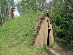 Burdei - Sod House, Ukrainian Cultural Heritage Village, Edmonton, Alberta, Canada ~ (the Burdei, a sod house style structure, is a temporary shelter for early Ukrainian settlers)