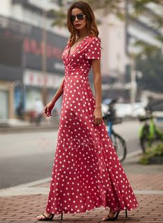 Polka Dot Ruffles Short Sleeve Maxi A-line Dress - Red S Elegant Summer Dresses, Simple Dresses, Day Dresses, Beautiful Dresses, Short Sleeve Dresses, Dress Skirt, Dress Red, Red Polka Dot Dress, Polyvore Outfits