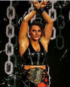 Le Catch, Wwe Female Wrestlers, Survivor Series, Wwe Womens, Matching Games, Champion, Wonder Woman, Wrestling, Mood