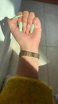 Acrylic Nails Yellow, Acrylic Nails Coffin Short, Best Acrylic Nails, Pastel Nails, Summer Acrylic Nails, Yellow Nails, Spring Nails, Summer Nails, Coffin Nails