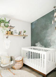 Simple baby boy nursery room design ideas (43)