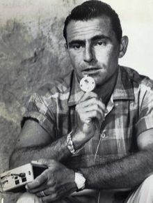 """Rodman Edward """"Rod"""" Serling (December 25, 1924 – June 28, 1975) was a screenwriter, novelist, television producer, and narrator best known for his live television dramas of the 1950s and his science fiction anthology TV series, The Twilight Zone."""